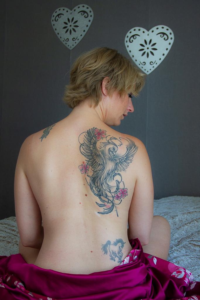 tatouage phoenix dos nu
